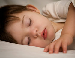 Методика годування, туалету та укладання дітей спати